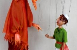photo of puppets from Aladdin show by Fratello Marionettes; used with permission of the Fratello Marionettes
