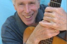 photo of musician Gary Lapow; photo credit Zev Vernon-Lapow