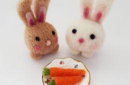 Felt bunnies and felted carrots