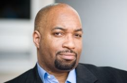photo of author Kwame Alexander