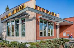 Exterior photo of the Tarea Hall Pittman South Branch