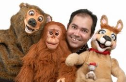 photo of Tony Borders and his animal puppets
