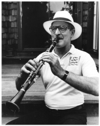 Earl Sheelar plays clarinet.