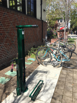 Claremont Branch fixit station manufactured by Dero and installed on Benvenue Ave.