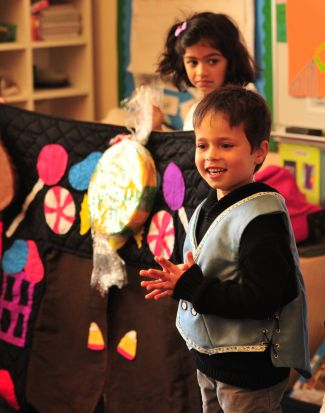photo of children at San Francisco Opera Guild's Hansel and Gretel Sing A Story program