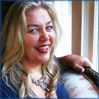 Portrait photo of Kimberly Dark