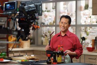 Martin Yan in red shirt