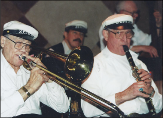 the musicians of the Zenith Jazz band