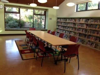 Claremont Flexspace room with table and chairs