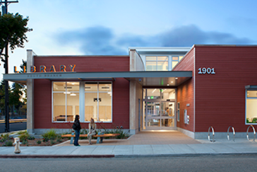 Exterior of South Branch / Tarea Hall Pittman Library